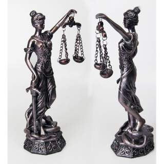 Oikeuden jumalatar 46 cm