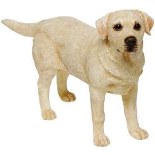 Labradorinnoutaja-patsas keltainen