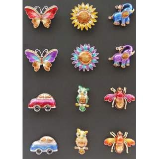 Magneetit 12-sarja telineessä